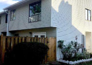 Pre Foreclosure in Alexandria 22309 VILLAGE WAY - Property ID: 1505504232