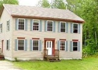 Pre Foreclosure in Minot 04258 SHAW HILL RD - Property ID: 1505578256