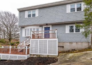 Pre Foreclosure in Peabody 01960 QUARRY TER - Property ID: 1505608928