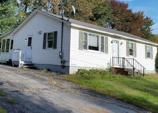 Pre Foreclosure in Wilton 04294 SUNSET AVE - Property ID: 1505630821