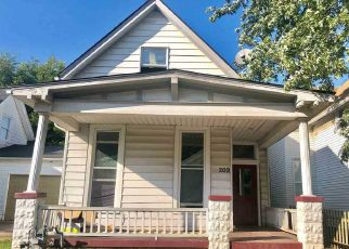 Pre Foreclosure in Evansville 47710 W COLUMBIA ST - Property ID: 1505688182