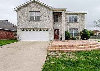 Pre Foreclosure in Arlington 76002 BANTRY LN - Property ID: 1505846743