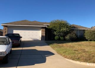 Pre Foreclosure in Mansfield 76063 MARTINIQUE DR - Property ID: 1505887917