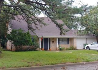 Pre Foreclosure in Arlington 76013 LARKSPUR DR - Property ID: 1505923827