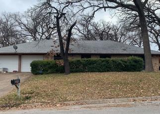 Pre Foreclosure in Fort Worth 76112 KELL DR - Property ID: 1505927771