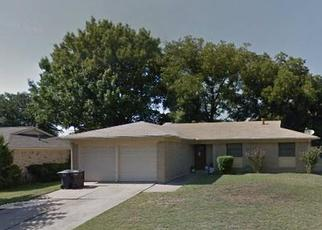 Pre Foreclosure in Fort Worth 76116 GUADALUPE RD - Property ID: 1505931710