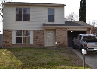 Pre Foreclosure in Arlington 76014 FOXCROFT LN - Property ID: 1505978564