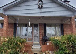 Pre Foreclosure in Linden 37096 CEDAR CREEK RD - Property ID: 1506264116