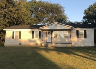 Pre Foreclosure in Columbia 38401 LAKESIDE DR - Property ID: 1506268957