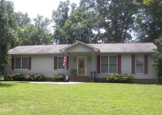 Pre Foreclosure in Sparta 38583 BLUFF LINE DR - Property ID: 1506277709