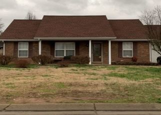 Pre Foreclosure in La Vergne 37086 BARKSDALE CIR - Property ID: 1506330249