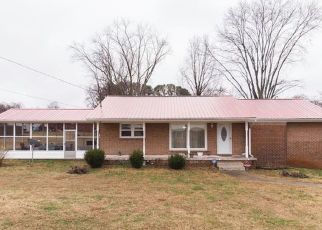 Pre Foreclosure in Decherd 37324 MARY SHARP DR - Property ID: 1506338581