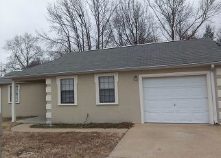 Pre Foreclosure in Dyersburg 38024 RIDGEWAY ST - Property ID: 1506359607