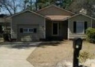 Pre Foreclosure in Fayetteville 28311 DEEP HOLLOW CT - Property ID: 1506601364