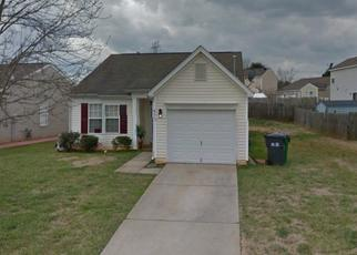 Pre Foreclosure in Charlotte 28216 WHISPERING BROOK CT - Property ID: 1506680644