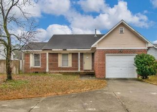 Pre Foreclosure in Fayetteville 28304 TWINFLOWERS CT - Property ID: 1506727499