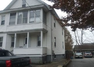 Pre Foreclosure in Cranston 02920 FOUNTAIN AVE - Property ID: 1506963126