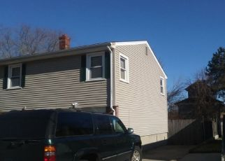 Pre Foreclosure in North Providence 02911 LINK ST - Property ID: 1506965768