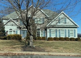 Pre Foreclosure in Wilkes Barre 18706 SUNSET DR - Property ID: 1507294233