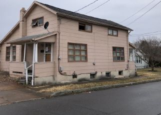 Pre Foreclosure in Wilkes Barre 18705 MATSON AVE - Property ID: 1507307377