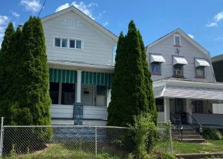 Pre Foreclosure in Wilkes Barre 18706 W HARTFORD ST - Property ID: 1507435257