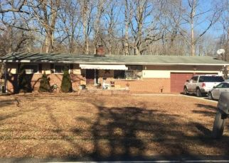 Pre Foreclosure in Waterford Works 08089 CENTER AVE - Property ID: 1507455412