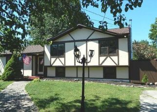 Pre Foreclosure in Middletown 10941 ALBERTA DR - Property ID: 1507574545
