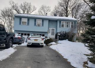 Pre Foreclosure in Middletown 10941 ROSS LN - Property ID: 1507591175