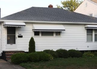 Pre Foreclosure in Brook Park 44142 W 149TH ST - Property ID: 1507662130