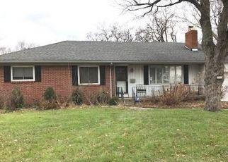 Pre Foreclosure in Toledo 43606 MANCHESTER BLVD - Property ID: 1507793980