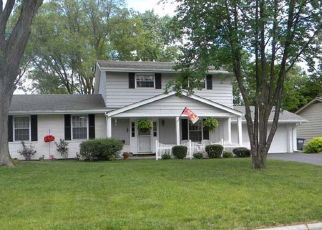 Pre Foreclosure in Toledo 43614 OAKLAWN DR - Property ID: 1507795276