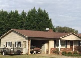 Pre Foreclosure in Statesville 28625 BRADLEY FARM RD - Property ID: 1507900844