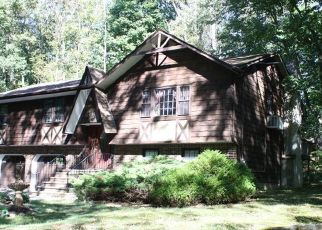 Pre Foreclosure in West Milford 07480 DOCKERTY HOLLOW RD - Property ID: 1508318217