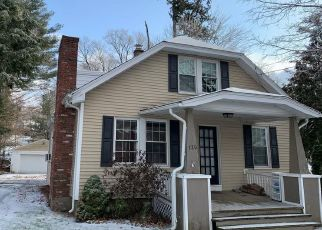 Pre Foreclosure in Waterbury 06705 FROST RD - Property ID: 1508347121