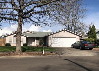 Pre Foreclosure in Troutdale 97060 SE 33RD ST - Property ID: 1508588452
