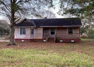 Pre Foreclosure in Irvington 36544 BEVERLY RD - Property ID: 1508689628