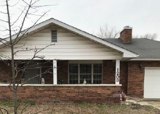 Pre Foreclosure in Mountain Grove 65711 SUNSET DR - Property ID: 1508710651