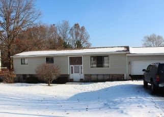 Pre Foreclosure in Traverse City 49686 E CARRIAGE HILL DR - Property ID: 1508884523