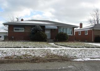 Pre Foreclosure in Eastpointe 48021 TEPPERT AVE - Property ID: 1508897217