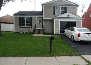 Pre Foreclosure in Merrillville 46410 W 59TH PL - Property ID: 1509475795