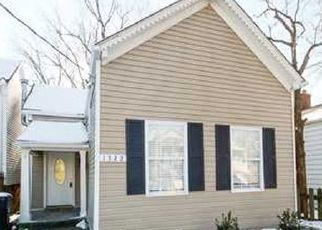 Pre Foreclosure in Louisville 40204 RUFER AVE - Property ID: 1509664110