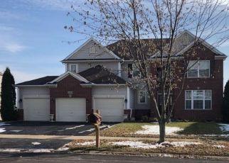 Pre Foreclosure in Sugar Grove 60554 DORR DR - Property ID: 1509734186