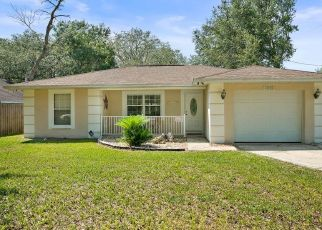 Pre Foreclosure in Lady Lake 32159 OAKRIDGE DR - Property ID: 1509960624