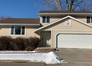Pre Foreclosure in Sioux City 51106 PINE VIEW DR - Property ID: 1510074948