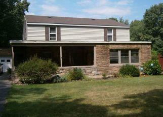 Pre Foreclosure in Elkhart 46514 SHERIDAN BLVD - Property ID: 1510082828