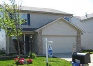 Pre Foreclosure in Greenwood 46143 FARM MEADOW DR - Property ID: 1510091131
