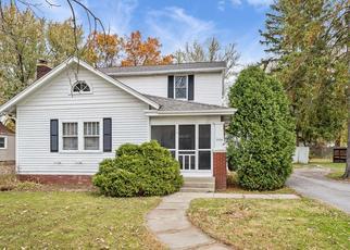 Pre Foreclosure in Fort Wayne 46808 LEESBURG RD - Property ID: 1510122689