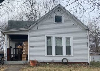 Pre Foreclosure in New Albany 47150 LOCUST ST - Property ID: 1510208518
