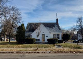 Pre Foreclosure in Fort Wayne 46807 S WAYNE AVE - Property ID: 1510216852