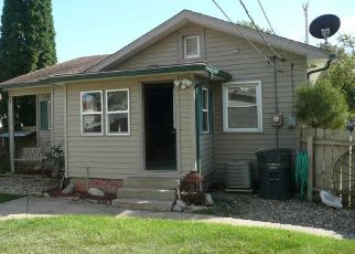 Pre Foreclosure in South Bend 46615 PLEASANT ST - Property ID: 1510257125